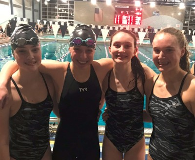 200 Free Relay team breaks school record