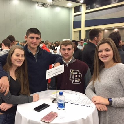 Students participate in Stock Market Challenge